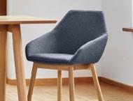 Krzesła, hokery